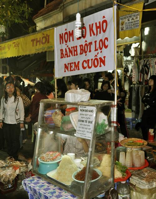Hình ảnh Khám phá những món ăn thú vị tại chợ đêm Hà thành số 8