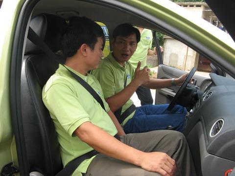 Hình ảnh Chia sẻ kinh nghiệm lái ôtô số tự động số 1