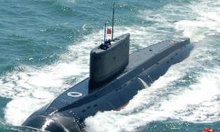 Hình ảnh Đại tướng Phùng Quang Thanh: 6 tàu ngầm sẽ bảo vệ bờ biển Việt số 1