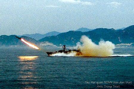 Hình ảnh Hải quân Việt Nam tập trận bắn đạn thật số 1