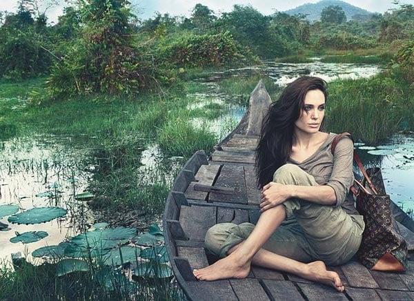 Hình ảnh Hé lộ bộ ảnh 10 triệu đô của Angelina Jolie số 3