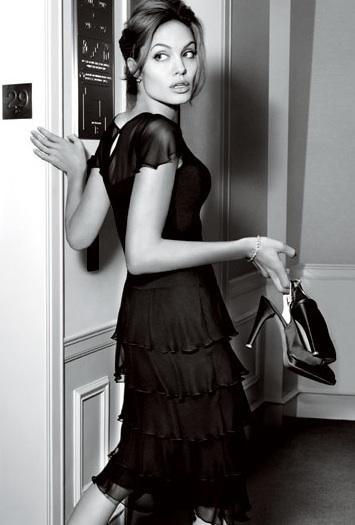 Hình ảnh Hé lộ bộ ảnh 10 triệu đô của Angelina Jolie số 6