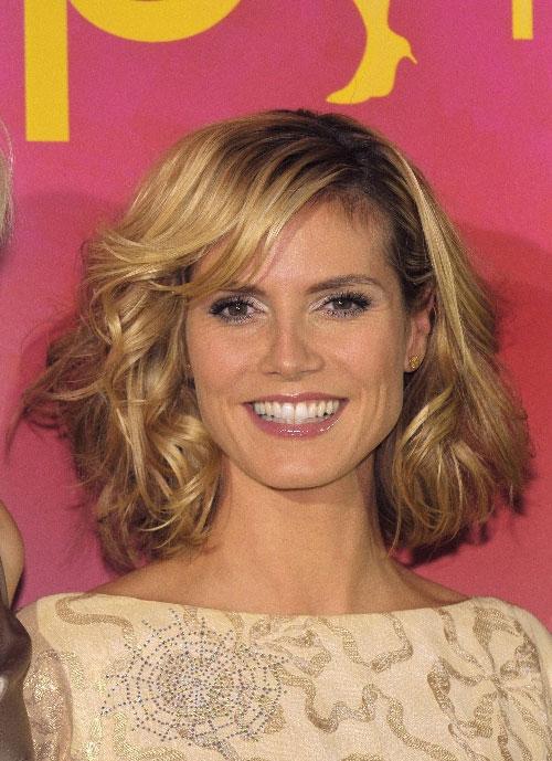Hình ảnh 10 kiểu tóc cho khuôn mặt dài số 2
