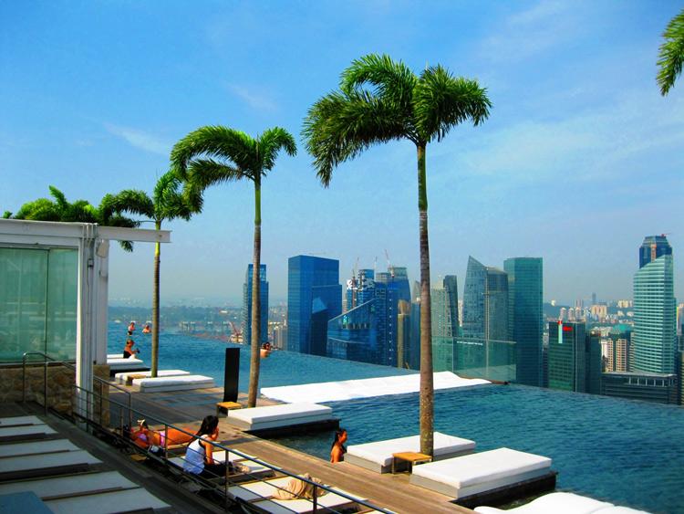 Bể bơi Vô Cực tuyệt đẹp ở Singapore