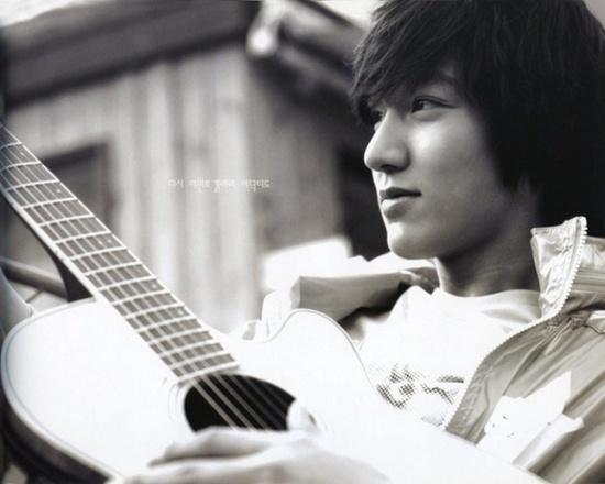 Top 5 mỹ nam đẹp trai nhất Hàn Quốc theo bình chọn của tạp chị Herworld