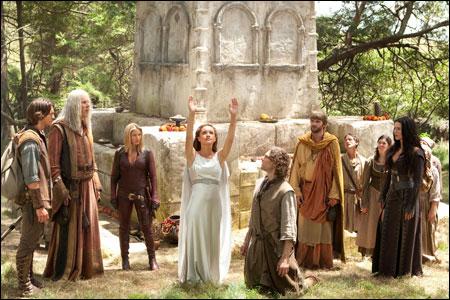 Hình ảnh Khởi chiếu Merlin và vương quốc Camelot 3 số 2