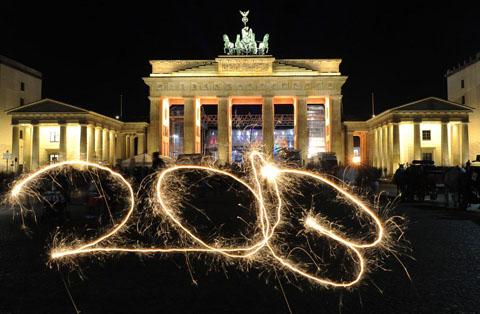 Hình ảnh Khắp nơi rộn ràng chào đón năm mới số 5
