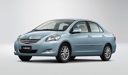 10 mẫu ô tô bán chạy nhất Việt Nam 2012 | Tinmoi.