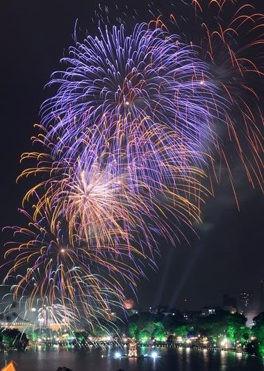 Hình ảnh Những màn pháo hoa trong đêm giao thừa số 5
