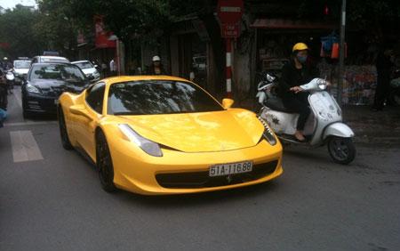Siêu xế một thời của Cường đô la diễu phố Hà Nội