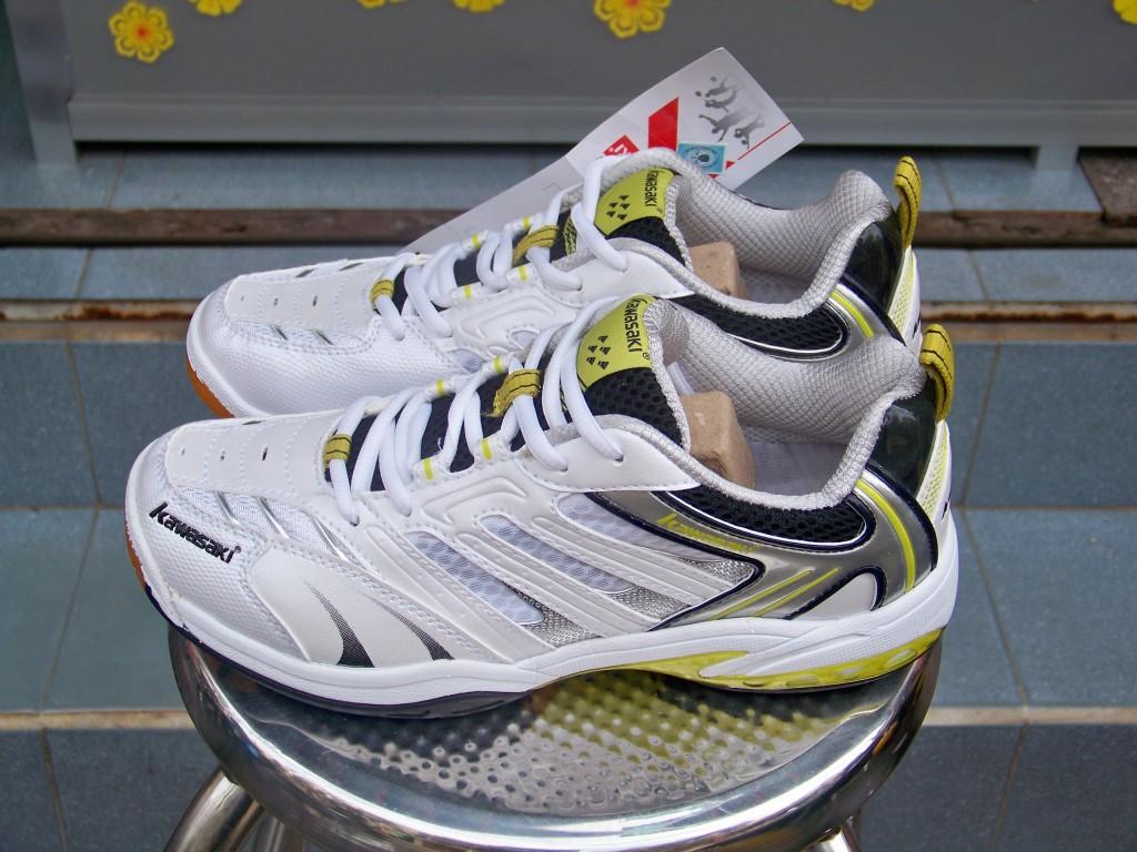 Giới thiệu mẫu giày cầu lông Kawasaki K316