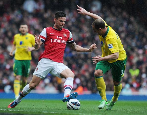 Chấm điểm Arsenal 3 - 1 Norwich: Người hùng Giroud