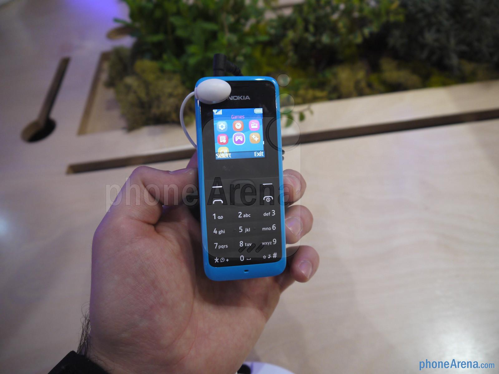 Hình ảnh Nokia khai tử điện thoại đen trắng bằng Nokia 105 số 2