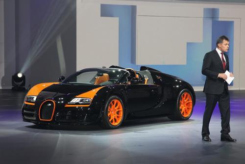 sieu mui tran nhanh nhat the gioi ra mat2 Bugatti Veyron 16.4 Grand Sport Vitesse WRC   Ông hoàng tốc độ