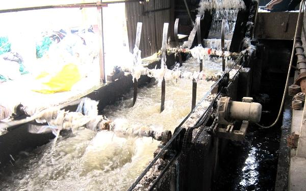 Hình ảnh Ô nhiễm môi trường tại làng nghề tái chế nhựa Minh Khai số 5