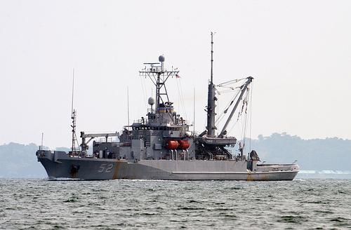 Ảnh 'nóng' của Hải quân Mỹ và Philippines - Ảnh 8