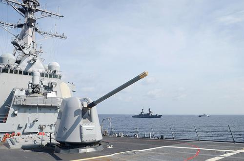 Ảnh 'nóng' của Hải quân Mỹ và Philippines - Ảnh 12