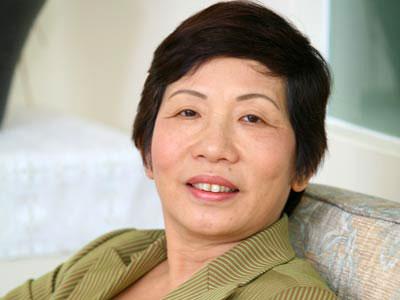 Những bà mẹ chồng đại gia quyền lực của sao Việt