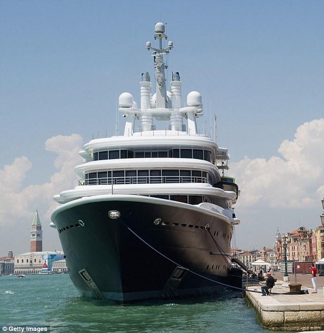 Tiêu dùng & Dư luận - Tỷ phú Abramovich cho thuê du thuyền 80 tỷ đồng/ tuần (Hình 4).