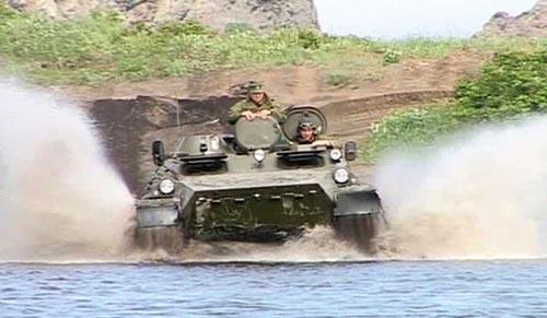 Tiêu điểm - Xem xe tăng, máy bay, tàu chiến Nga gầm rú (Hình 6).