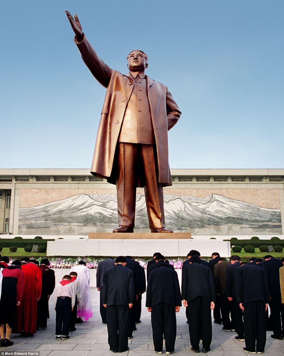 Chân dung hai miền Triều Tiên 6