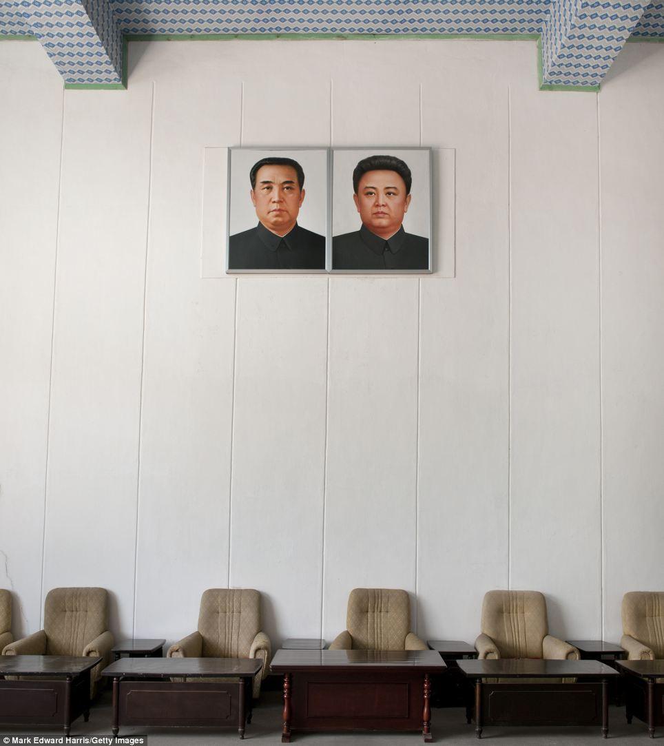 Chân dung hai miền Triều Tiên 13