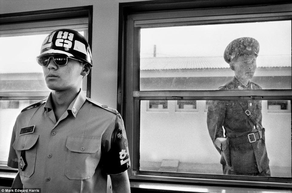 Chân dung hai miền Triều Tiên 15