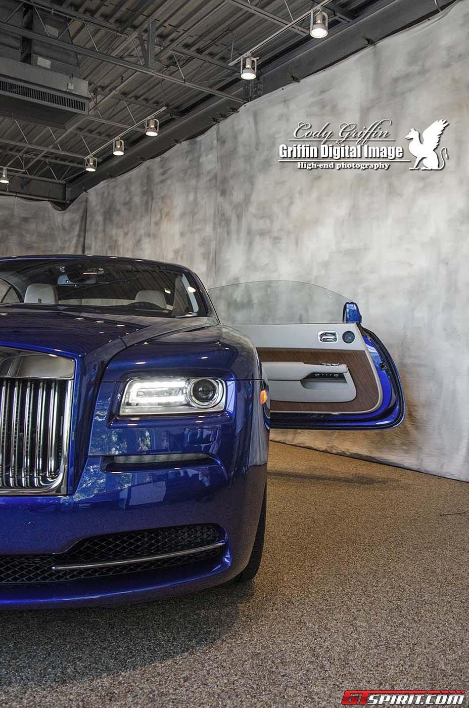 Rolls-Royce Wraith mầu xanh lộ diện ở Boston