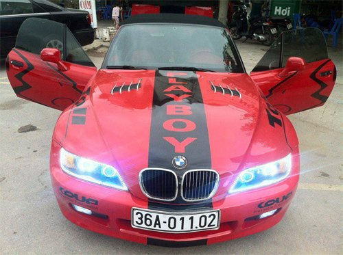 BMW Z3 mui trần độc nhất vô nhị làm xe hoa ở Thanh Hóa