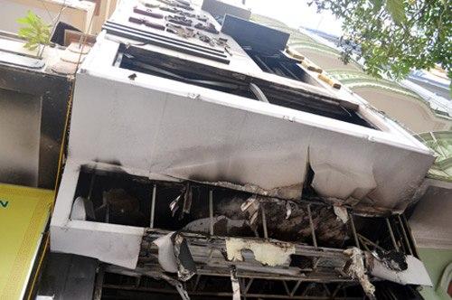 Miền bắc - Ảnh hiện trường vụ cháy tiệm vàng, 5 người tử vong (Hình 5).