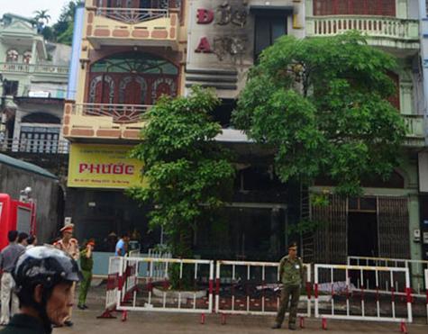 Miền bắc - Ảnh hiện trường vụ cháy tiệm vàng, 5 người tử vong (Hình 2).