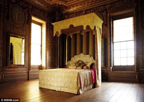 Hình ảnh Soi chiếc giường đắt nhất thế giới của đại gia Lê Ân số 1