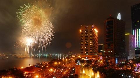 Cận cảnh mừng đón năm mới 2014 trên cả nước 19