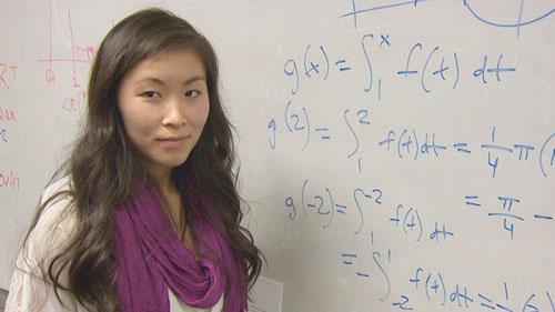 Nữ sinh gốc Việt đạt điểm toán cao nhất thế giới 5