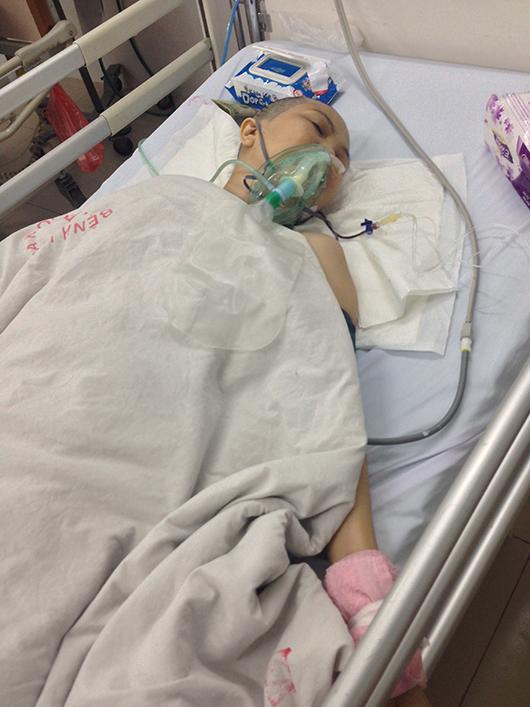 Con gái rủ cậu ruột vào BV cắt chân mẹ bị u não 6