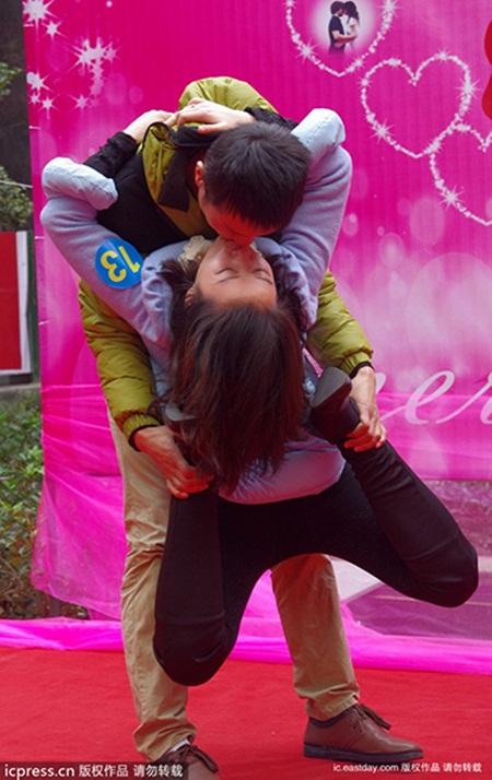Video: Những tư thế hôn nhau