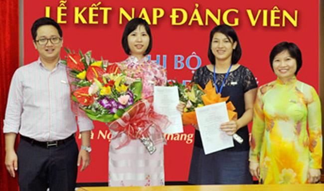 Gia đình phó tổng giám đốc xinh đẹp của Vietinbank Capital 9