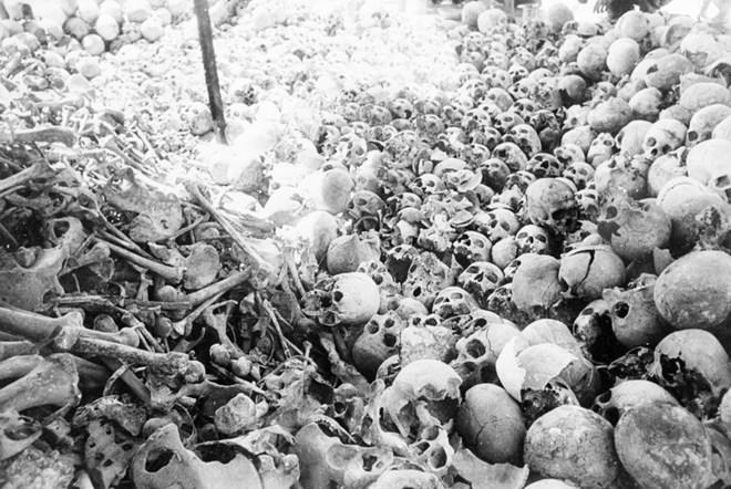 Tận cùng tội ác man rợ của chế độ diệt chủng Pol Pot 14
