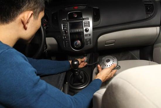 Hình ảnh Nguyên nhân cháy xe ô tô : Dùng bừa thiết bị điện số 1
