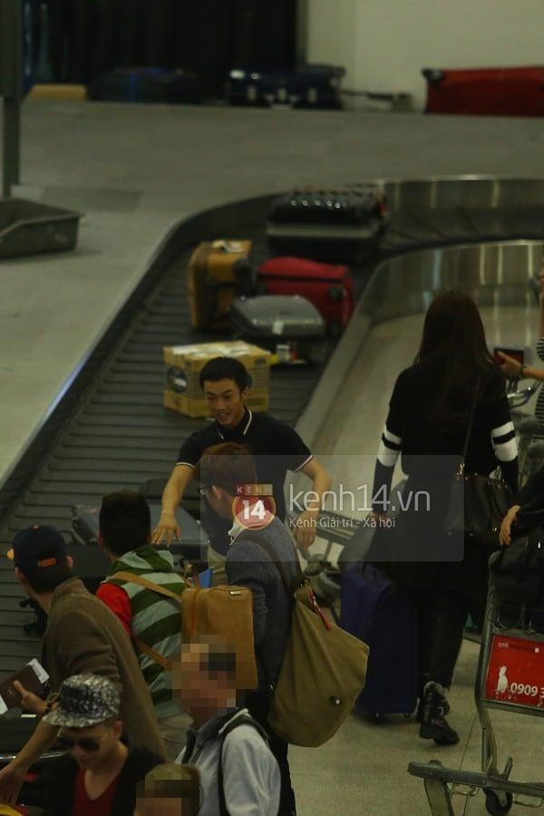 Hà Hồ và Cường Đô la hạnh phúc khi Subeo đón ở sân bay  12
