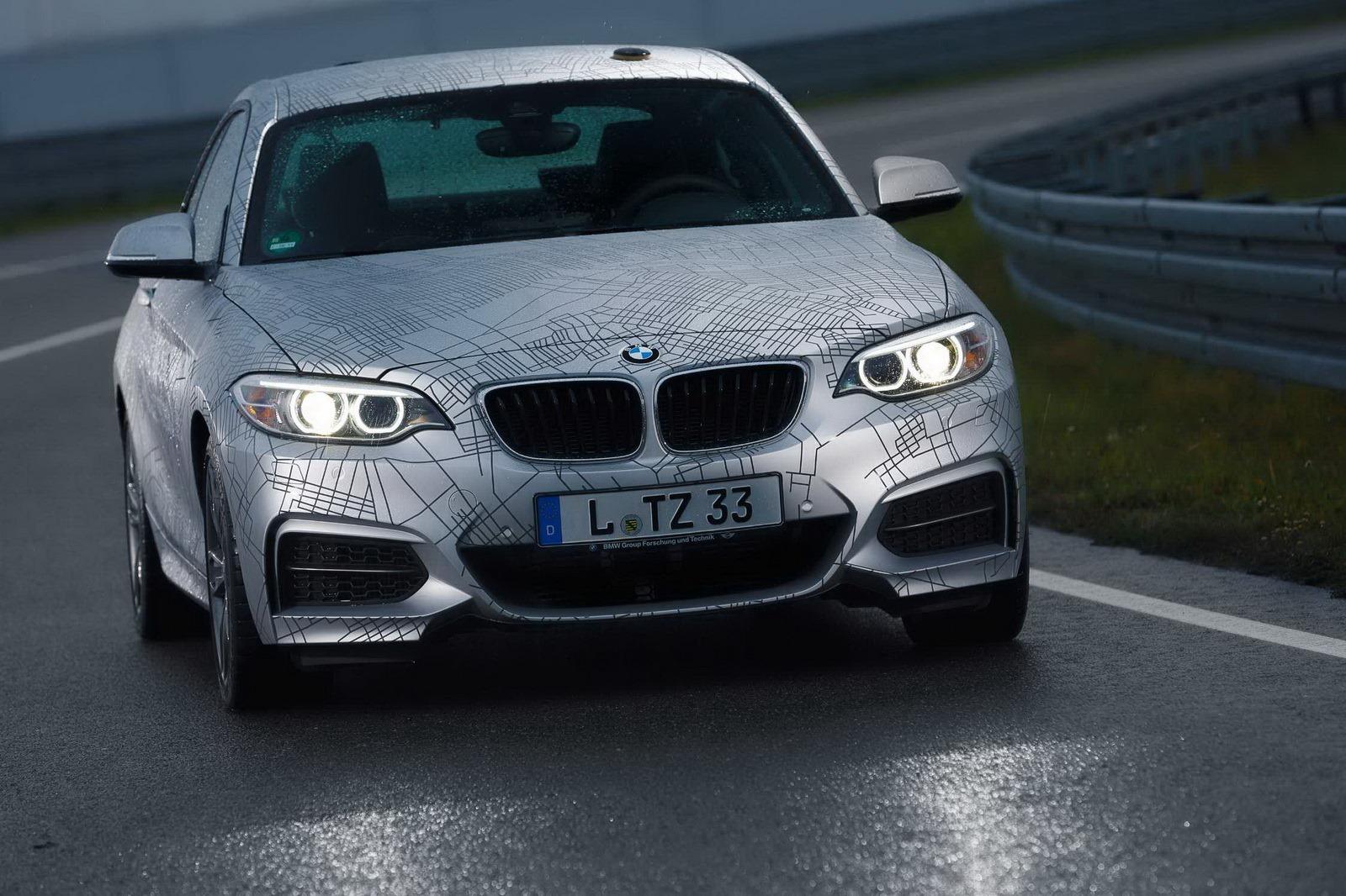 BMW trình diễn xe không người lái tự drift siêu hạng 6