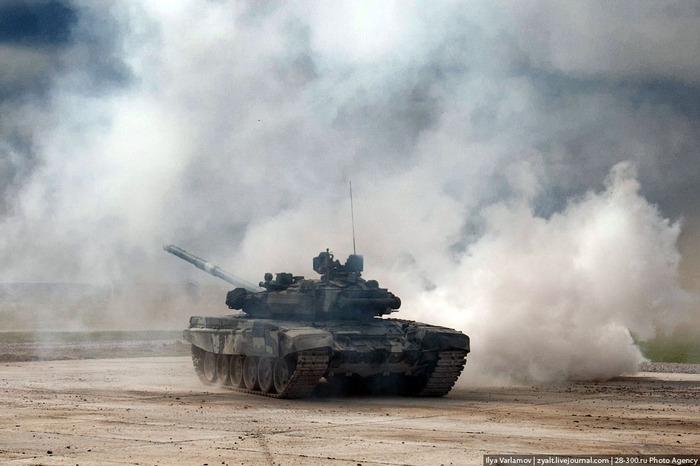 Khám phá sức mạnh của siêu tăng T-90  9