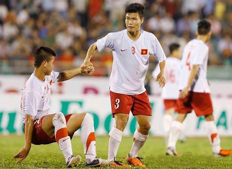 Thầy trò U19 Việt Nam quyết đứng lên sau thất bại 7