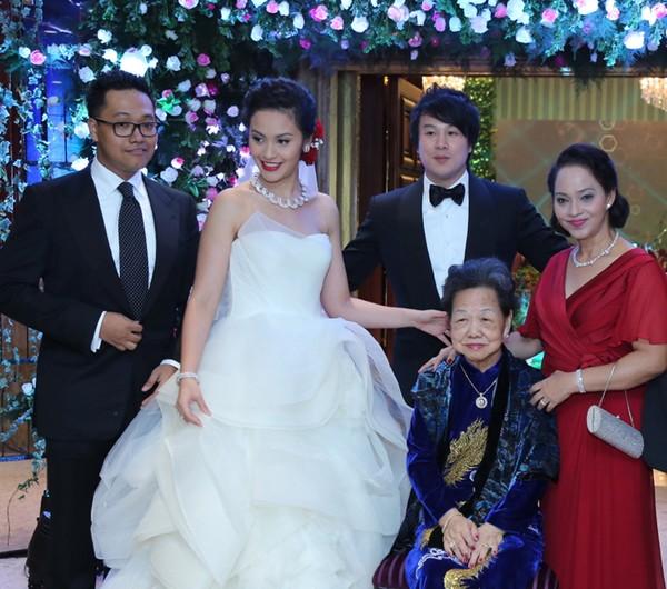 2 nữ đại gia tiếng tăm gặp vận đen sau đám cưới con cháu với sao Việt 8