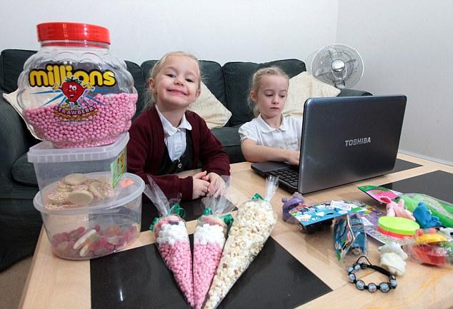 Chị em bé 4 tuổi trở thành doanh nhân trẻ nhất nước Anh nhờ… buôn kẹo 6