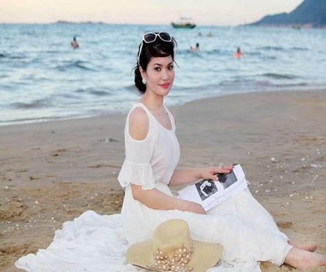 Nữ đại gia Hà Tĩnh tiết lộ giấc mơ showbiz sau đám cưới triệu USD  8