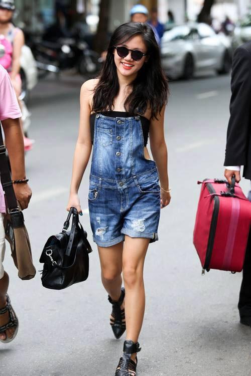 Thời trang thường ngày tươi trẻ của Văn Mai Hương 19