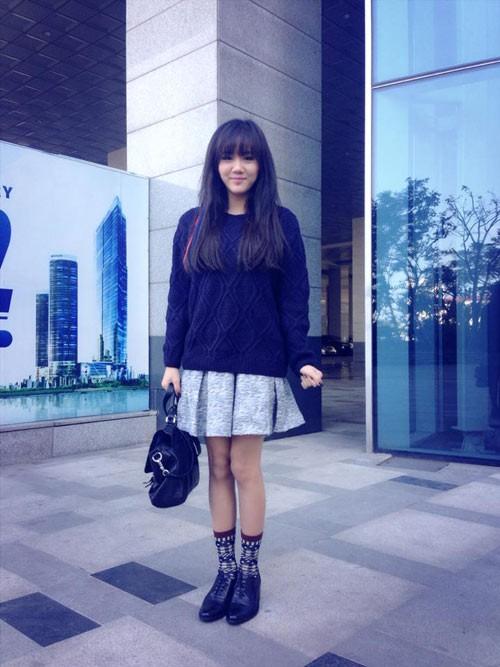 Thời trang thường ngày tươi trẻ của Văn Mai Hương 8