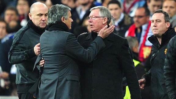 Mourinho khiến nội bộ Man Utd thêm mâu thuẫn trước thềm đại chiến 5
