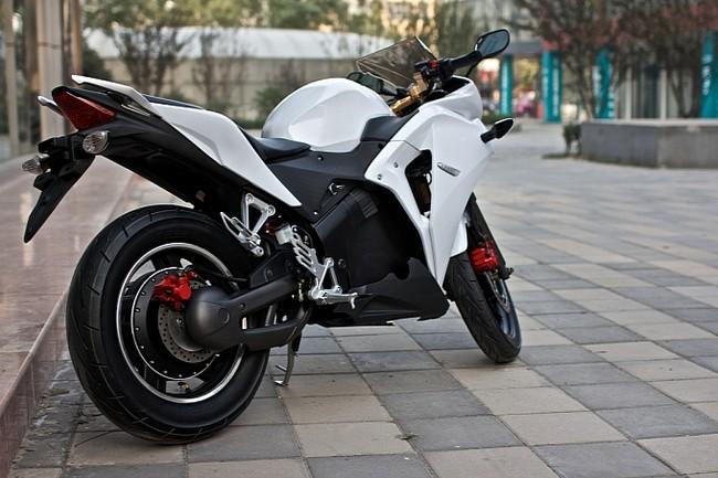 Honda CBR150 nhái đắt hơn phiên bản xịn 7